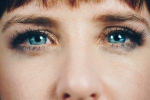 Yeux bleus maquillage © Nicole der Khors - Burst